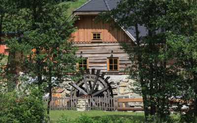 """Freizeitanlage Dorfstetten – """"Altes Handwerk im Dorf – Holz und Kohle – Wasser und Korn"""